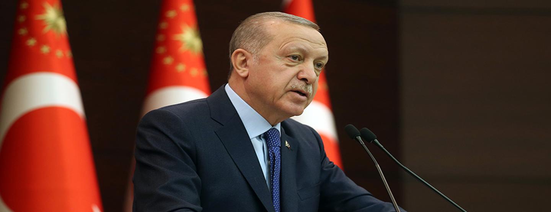 Erdoğan: Mecburiyeti olmayan hiçbir vatandaşımız tehdit ortadan kalkana kadar evinden çıkmamalı