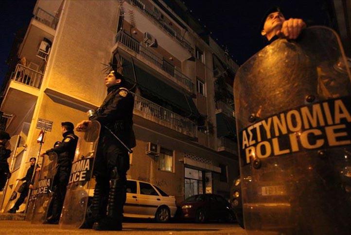 Atina'da terör örgütüne büyük operasyon