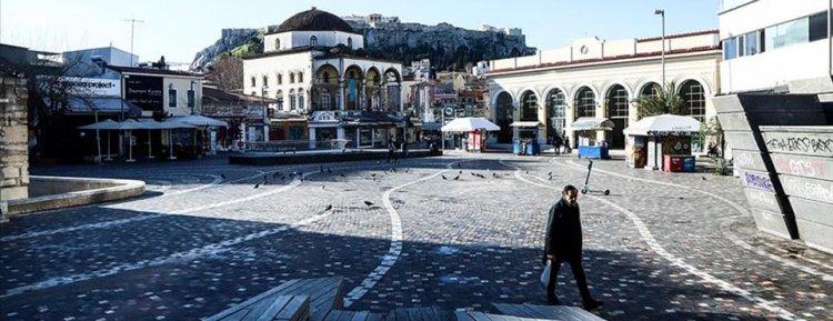 Yunanistan'da Koronavirüsü önlemek için sokağa çıkma yasağı