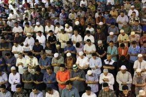 Dünya Müslüman Alimler Birliği: Cuma namazı modern iletişim araçları üzerinden kılınamaz