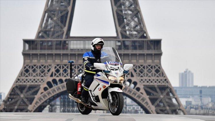 Fransa'da polisler maske sıkıntısı yaşıyor