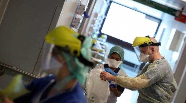 Belçika'da 12 yaşında bir kızın COVID-19 nedeniyle hayatını kaybetti