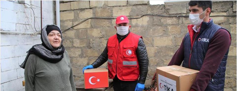TİKA Azerbaycan'da 2 bin aileye gıda ve temizlik malzemesi dağıttı