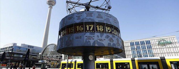 Almanya'da Koronavirüs sebebiyle ölenlerin sayısı artıyor