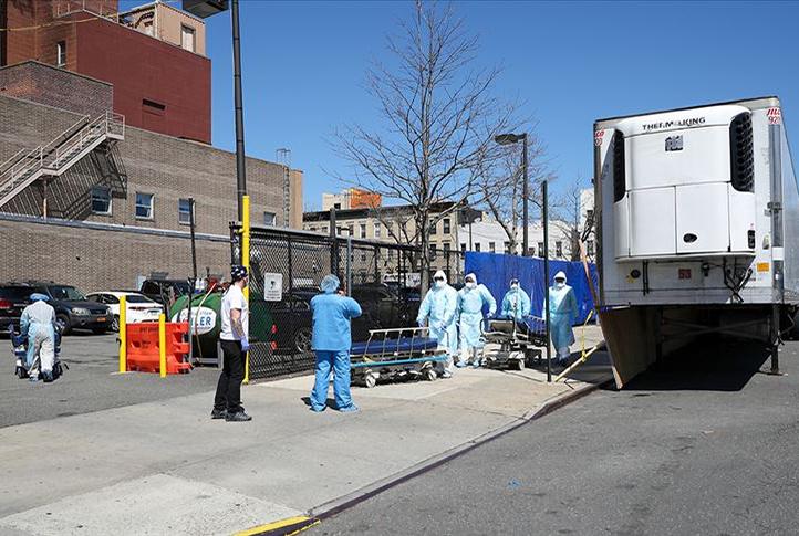 New York'ta Kovid-19 nedeniyle ölümler attıyor