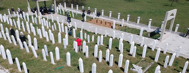 Bosna Hersek'teki Ahmiçi Katliamı'nda 116 Boşnak sivil anıldı