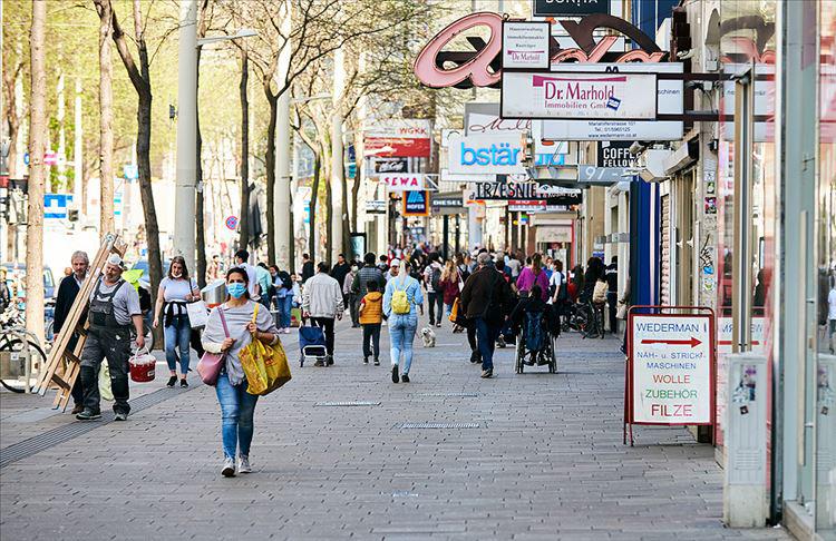 Avusturya'da sokağa çıkma kısıtlaması kaldırılıyor