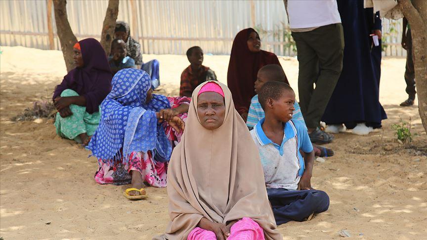 Türkiye'den Somali'ye tıbbi malzeme gönderildi