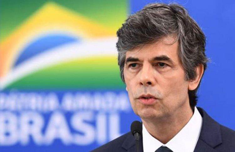 Brezilya sağlık Bakanı neden istifa etti