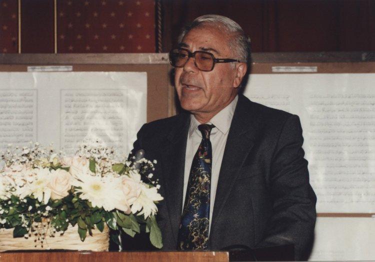 IRCICA jüri üyesi Hattat Profesör İhsan Adham hayatını kaybetti