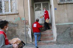 Türk Kızılaydan 1500 aileye pide ve gıda yardımı ulaştırdı
