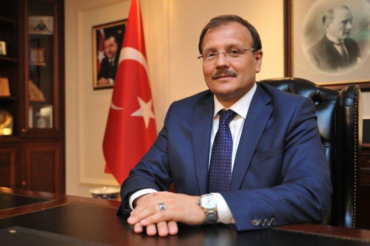 TBMM İnsan Haklarını İnceleme Komisyonu Başkanı Hakan Çavuşoğlu'nun Ramazan Bayram Mesajı