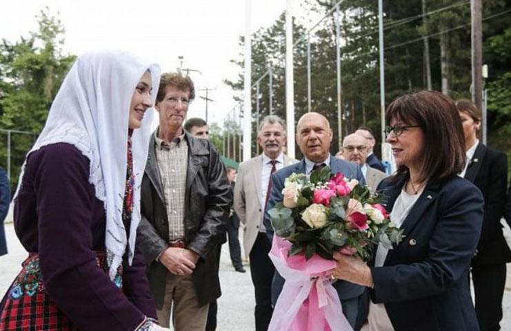 Yunan Cumhurbaşkanına Türk Misafirperverliğini gösterdiler
