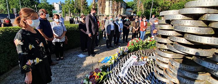 Solingen kurbanları 27. yıldönümünde unutulmadı