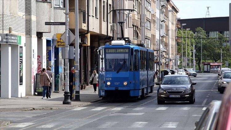 Balkanlar'da Kovid-19 vakalarının artmasıyla yeniden sıkı tedbirler getirildi