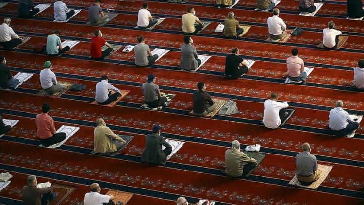 Camiler 5 vakit toplu ibadete açılıyor