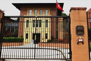 Türkiye'nin Washington Büyükelçiliği konutu önünde Atatürk heykeline saldırı