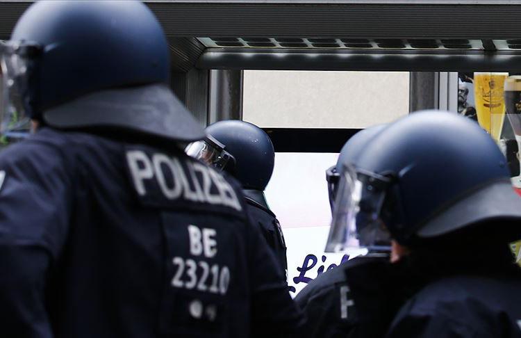 Alman polisi 30 bin kişi hakkında soruşturma