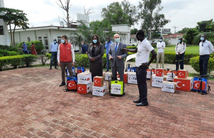 TİKA'dan Güney Sudan Sağlık Bakanlığı'na hijyen malzemesi yardımı yaptı