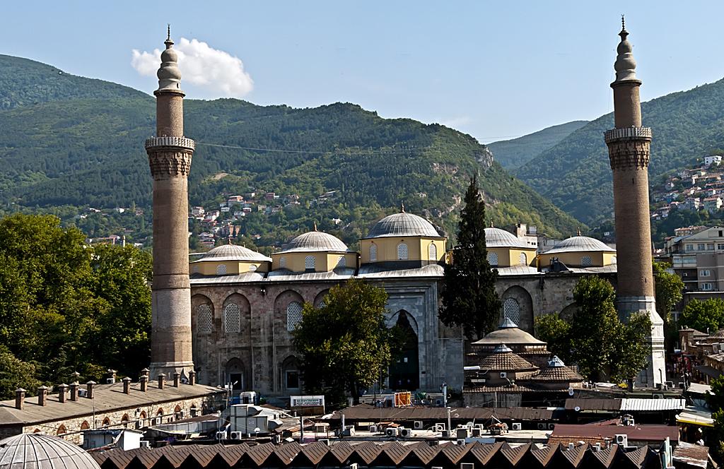Bursa Ulucami; Osmanlı İmparatorluğu döneminde yapılmış bütün Camilerin Atası