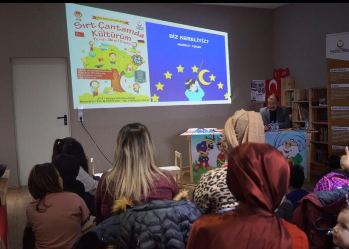 """YTB'nin """"Türkçe Saati Proje Destek Programı""""na Başvurular Başladı"""
