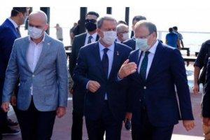 Bakan Akar ve Varank, Bursa'da 'Yerli Otomobil Fabrikası' alanında incelemelerde bulundu