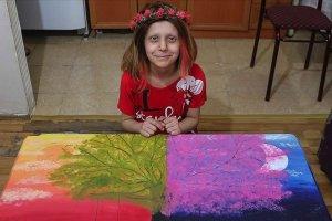 Kemik tümörü hastalığına resim tutkusu moral ve destek oluyor
