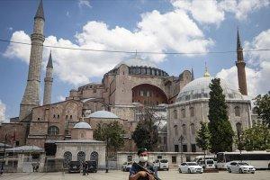 Ayasofya Camii'nin açılış hazırlıkları tüm hızıyla sürüyor