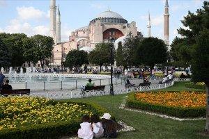 Ayasofya Camii'nin açılışına toplumun tüm kesiminden davetli katılacak