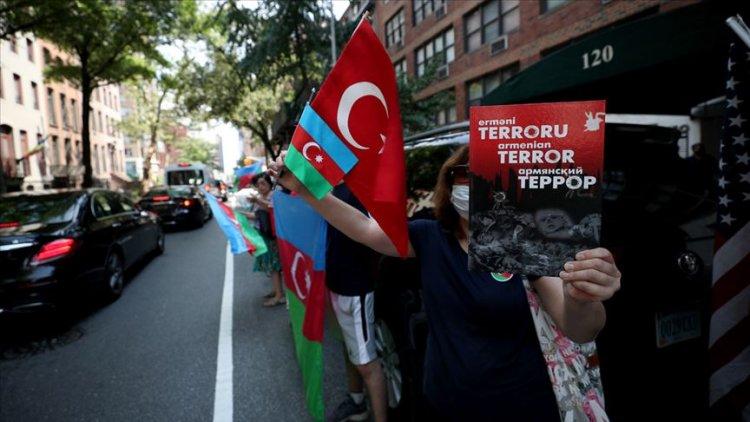 New York'ta Ermenistan'ın Azerbaycan'a yönelik saldırılarını protesto etti