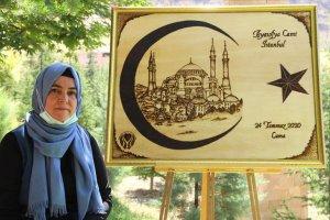 Ayasofya-i Kebir Camii'nin açılış mutluluğunu tabloya nakşedildi