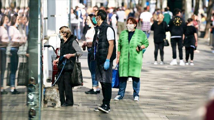 Avusturya ve Çekya'da 'maske kullanma' zorunluluğu yenilendi