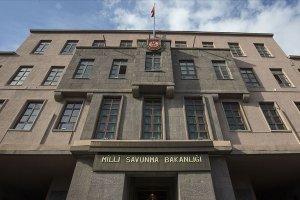 MSB: Yunanistan'da Türk bayrağının yakılmasını şiddetle kınıyor ve lanetliyoruz