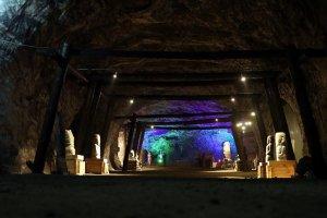 5 bin yıllık tuz mağarası kapılarını ziyaretçilerine açtı
