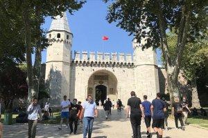 Tarihi Yarımada'daki camilere ve müzelere ziyaretçi akını