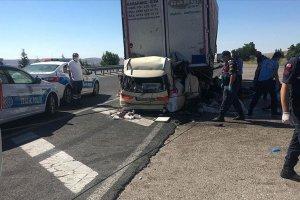 Ankara'da gurbetçi aile kaza yaptı