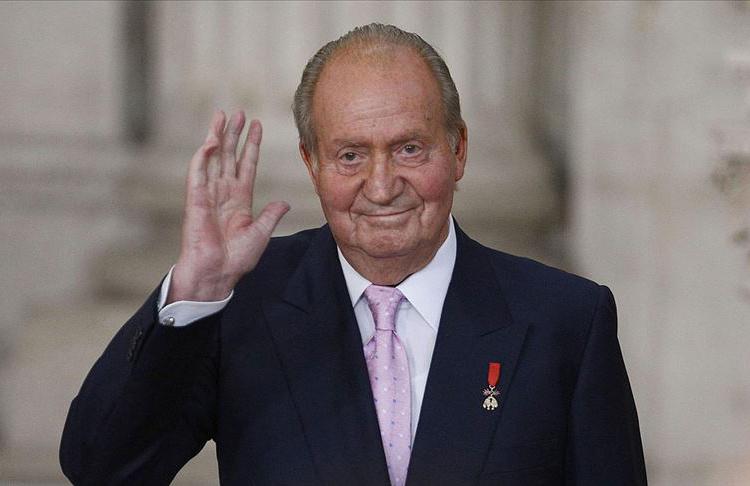 Eski Kral Juan Carlos, ülkesinden ayrılıyor