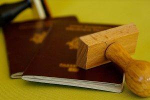 Kıbrıs Rum kesimi onlarca suçlu ve kaçağa pasaport verdi