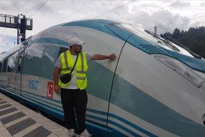 Almanya'dan alınan tren setleri yola çıktı