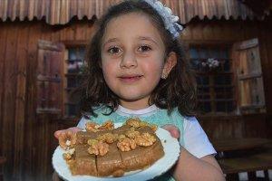 Asırlık lezzet padişah tatlısı turistlerin vazgeçilmez lezzeti oldu