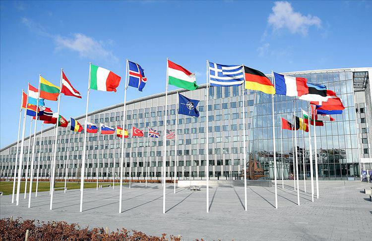 Fransa NATO'yu yıpratmayamı çalışıyor