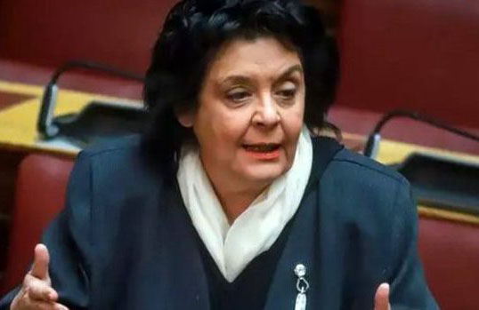 "Yunan milletvekili Liana Kanelli: ""Fransa'ya güvenmekle hata yapıyoruz"