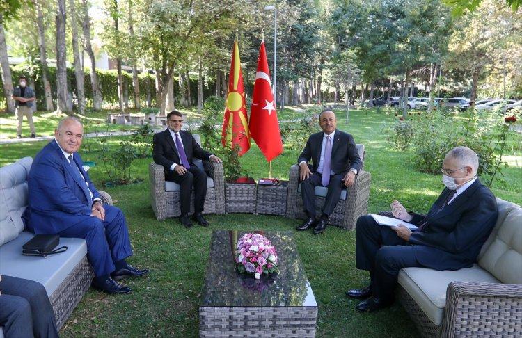 Dışişleri Bakanı Çavuşoğlu, K. Makedonya heyetini kabul etti