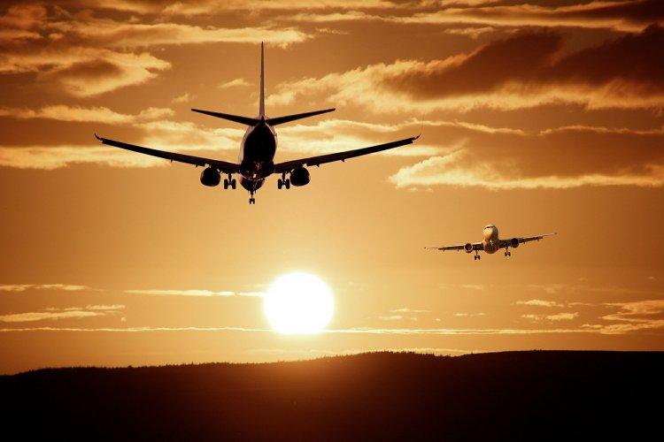 Kovid-19 aşılarının dünyaya dağıtılması için 8 bin kargo uçağı gerekiyor