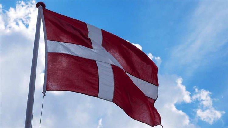 Danimarkalı ırkçı parti üyeleri Stockholm'de Kur'an yakma provokasyonu