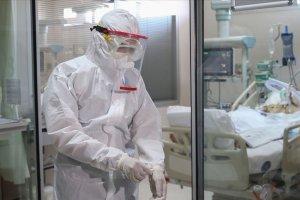 Türkiye'nin koronavirüsle mücadelesinde 24 saatte yaşananlar