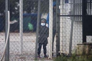 Avrupalı yardım kuruluşları, sığınmacılar konusunda Yunanistan'ı Avrupa Komisyonuna şikayet etti