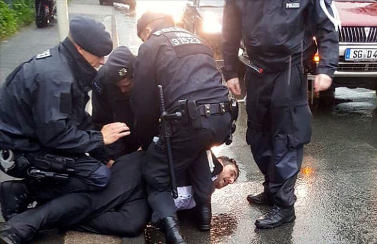 Alman polisi yine dehşet saçtı