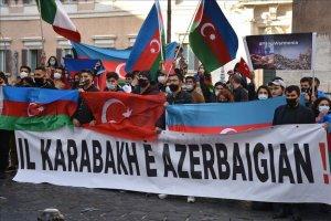 İtalya'daki Azerbaycan Türkleri, Ermenistan'ı protesto etti