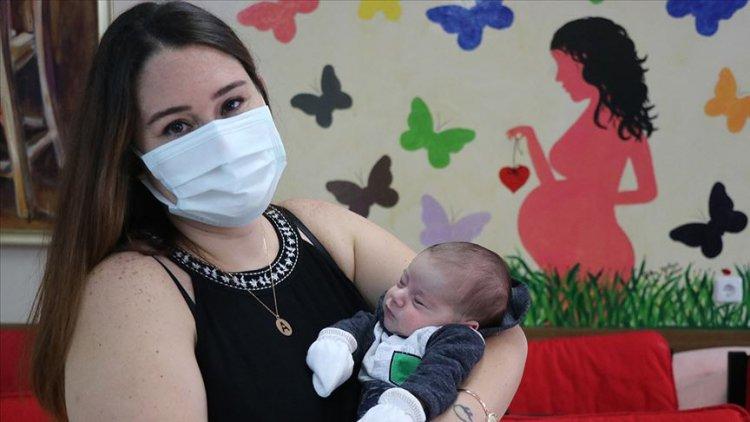 Doğuma 4 gün kala PCR testi pozitif çıkan anne bebeğine kavuşmanın mutluluğunu yaşıyor